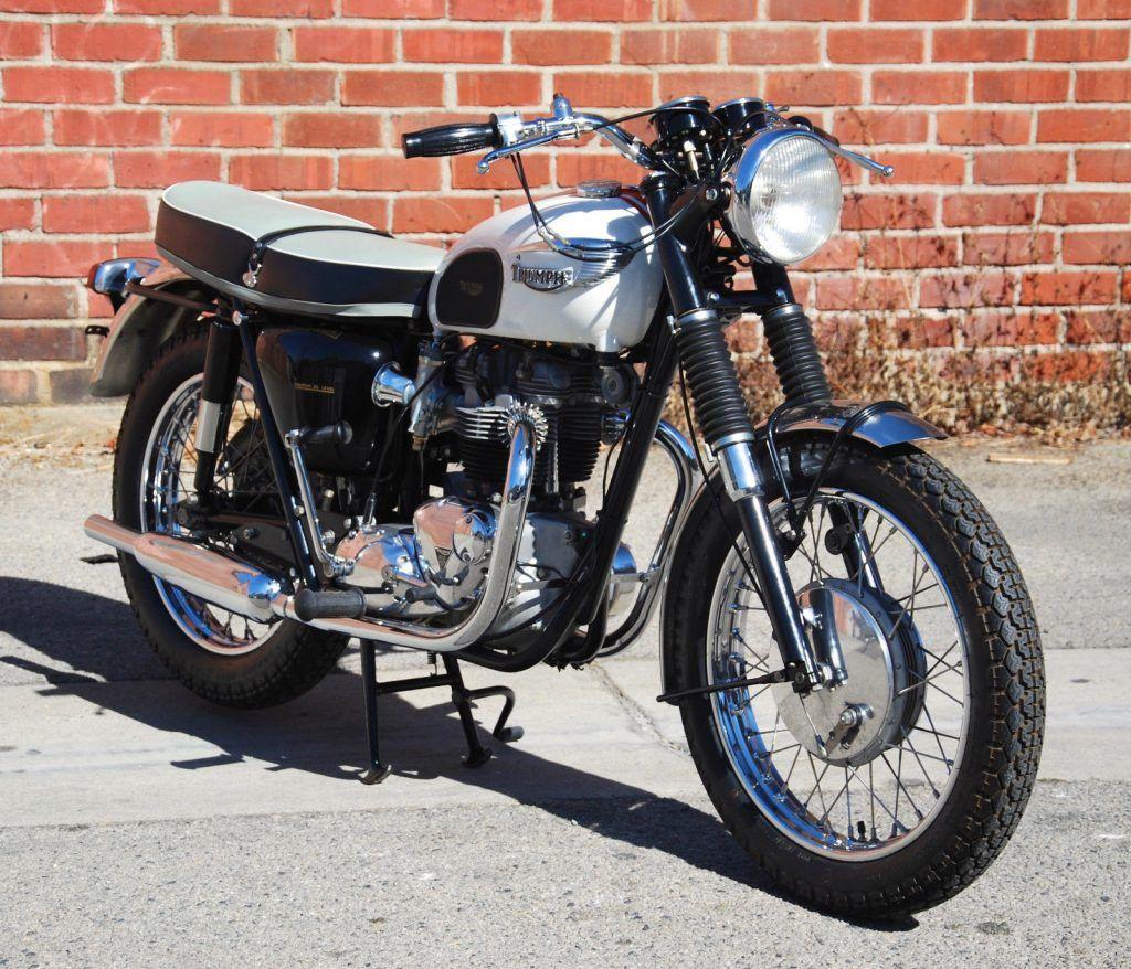 NICE 1966 Triumph Bonneville