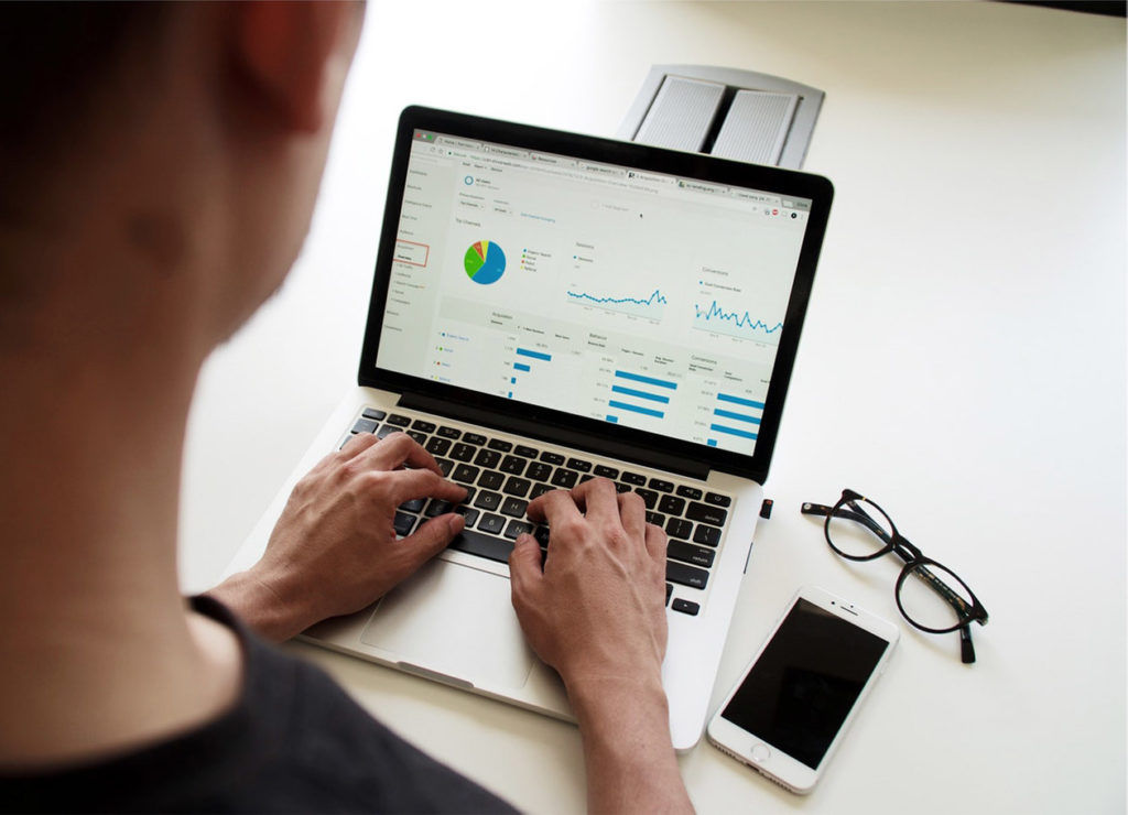 SEO Consultant reporting on statistics in Google Analytics