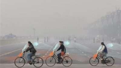 Велосипед кој го чисти смогот од воздухот