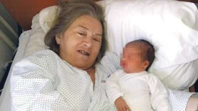 Станала мајка на 60 години