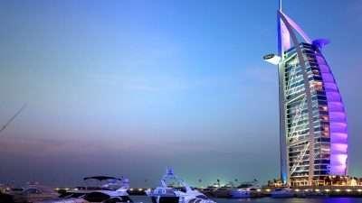 Туристите се освестија – Дубаи е град без душа, Париз и Венеција измама