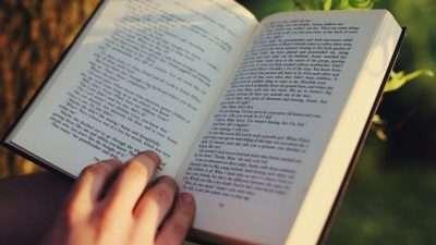 """28 книги се натпреваруваат за """"Роман на годината"""""""