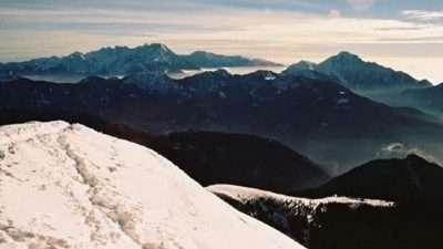 Во Словенија викендов очекуваат половина метар снег
