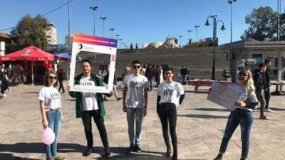 Студентите од УЈИЕ се вклучија во кампањата за подигнување на јавната свест за ракот на дојка