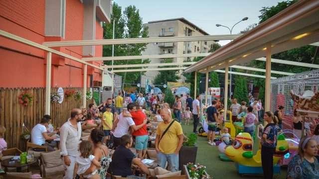 Mondano_Playground_Center_4.jpg
