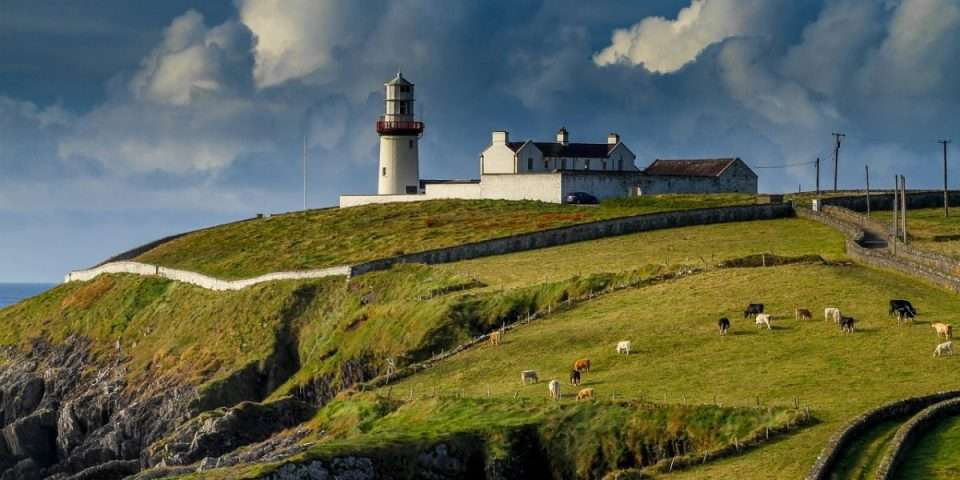 lighthouse-2542726_1280-39be03d84v7paodn8dq6f4.jpg