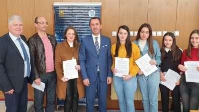 АД ЕСМ со донација за фотоволтаична електрана и стипендии на Техничкиот факултет во Битола