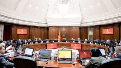 Владата даде позитивно мислење за предлог-законот за субвенциониран студентски оброк