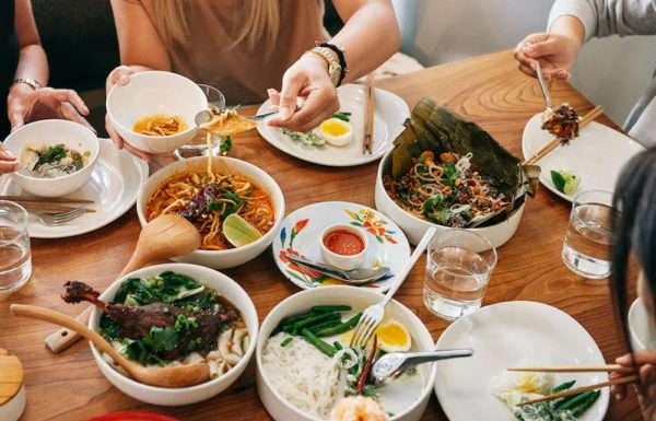 airbnb-restaurant-e1506796214404-600x385-1.jpg