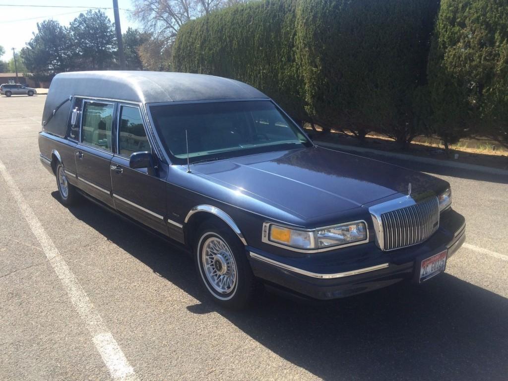 1997 Lincoln Town Car Hearse