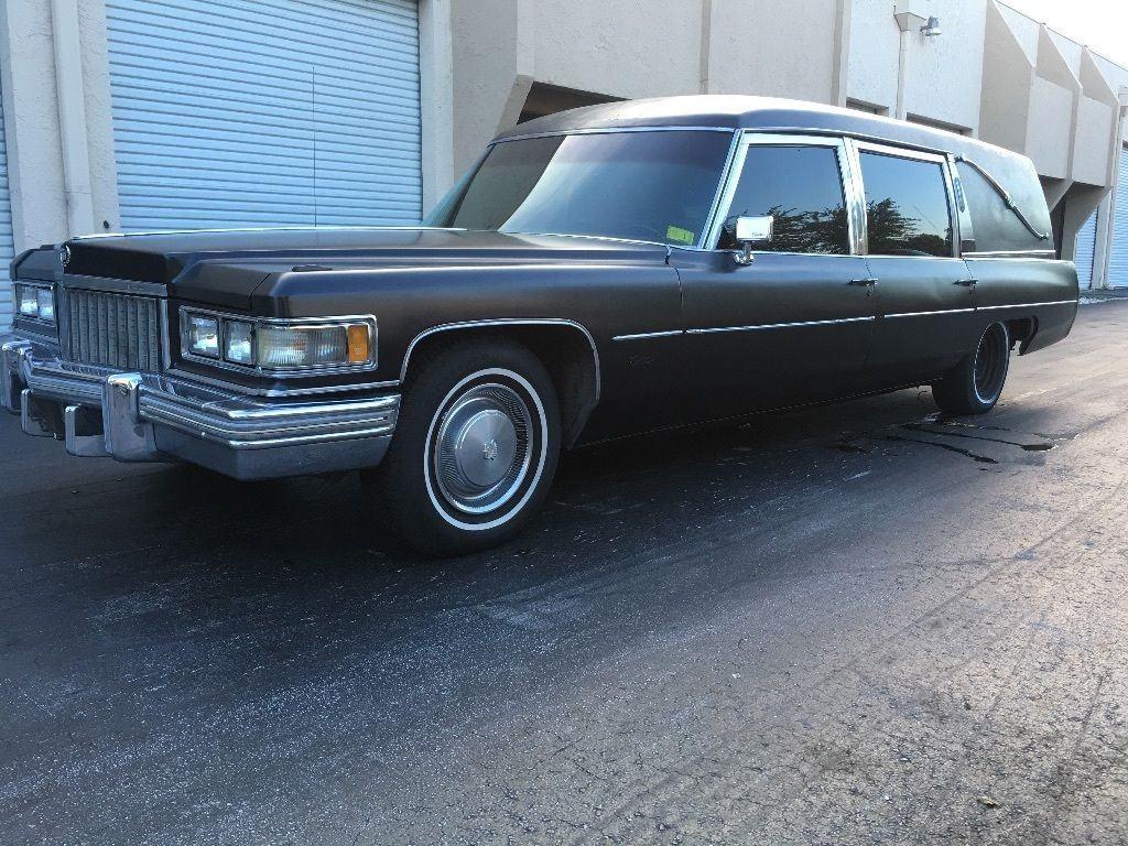 1974 Cadillac Fleetwood Hearse