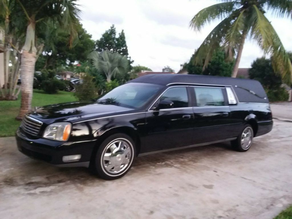 low miles 2003 Cadillac Deville Sayers SCOVILLE hearse