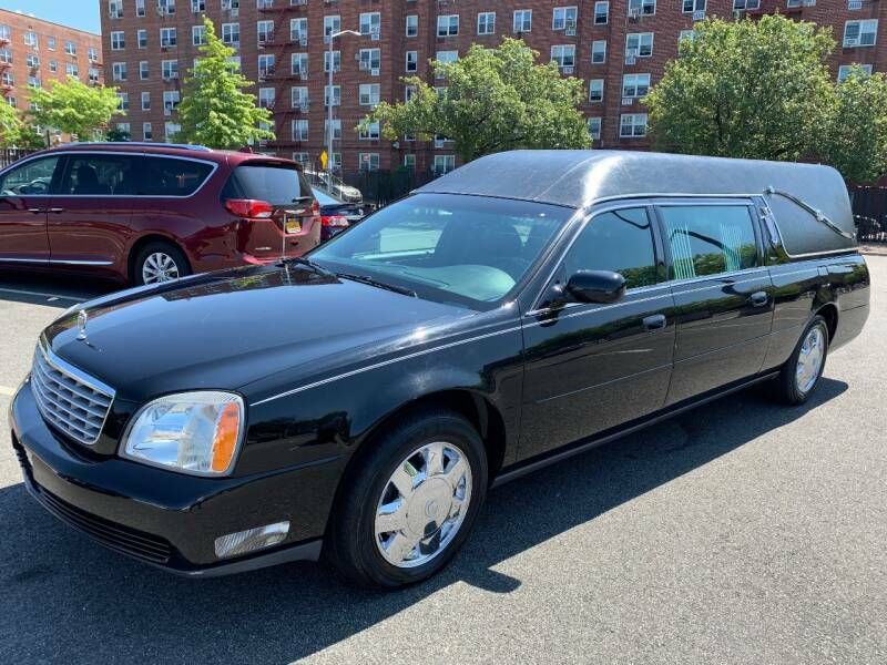 fully serviced 2004 Cadillac Deville Funeral Hearse