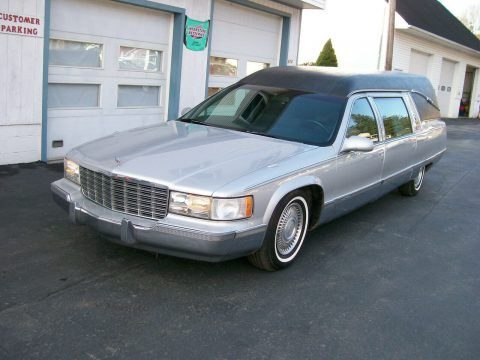 1996 Cadillac Fleetwood hearse [serviced with new parts] for sale