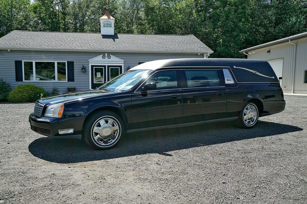 2004 Cadillac Deville Superior Coach [nice and clean]