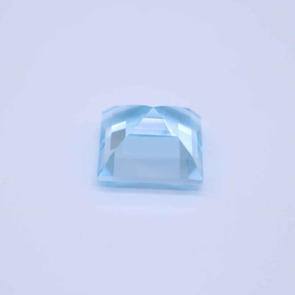 Sky Blue Topaz Square Faceted