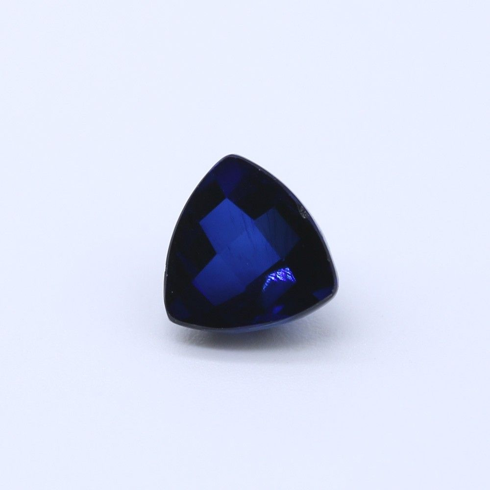 Sapphire (Synthetic) Trillion Faceted Cab