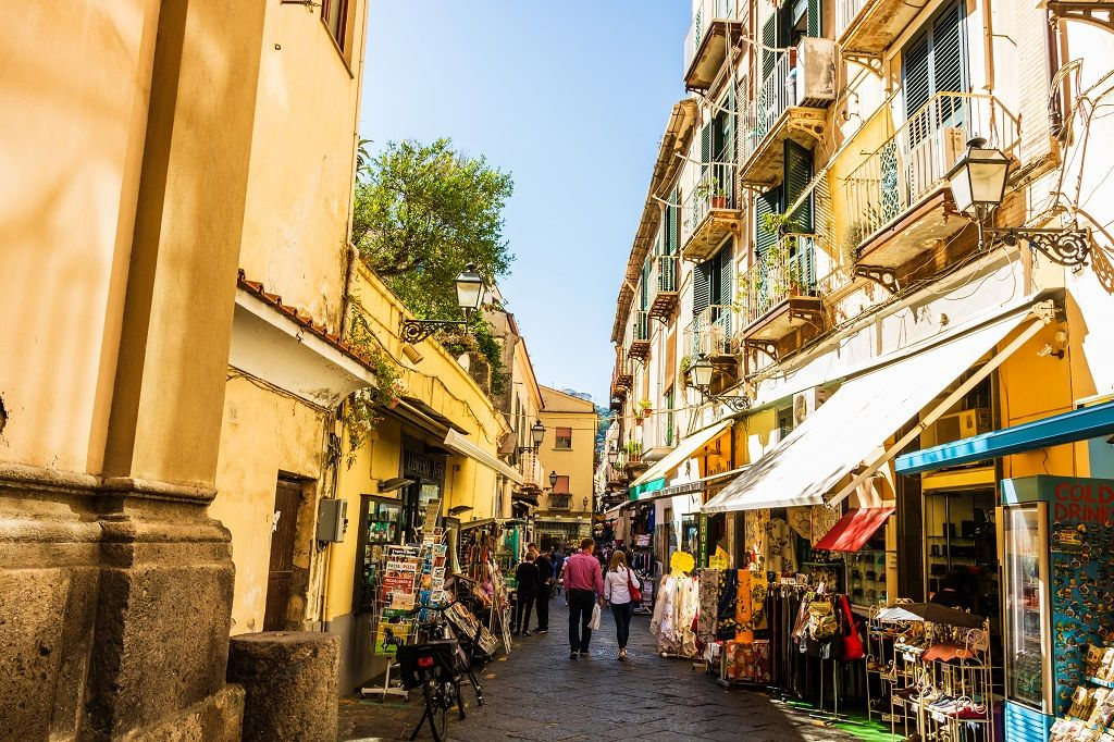 Celebrate the Christmas Holidays in Sorrento
