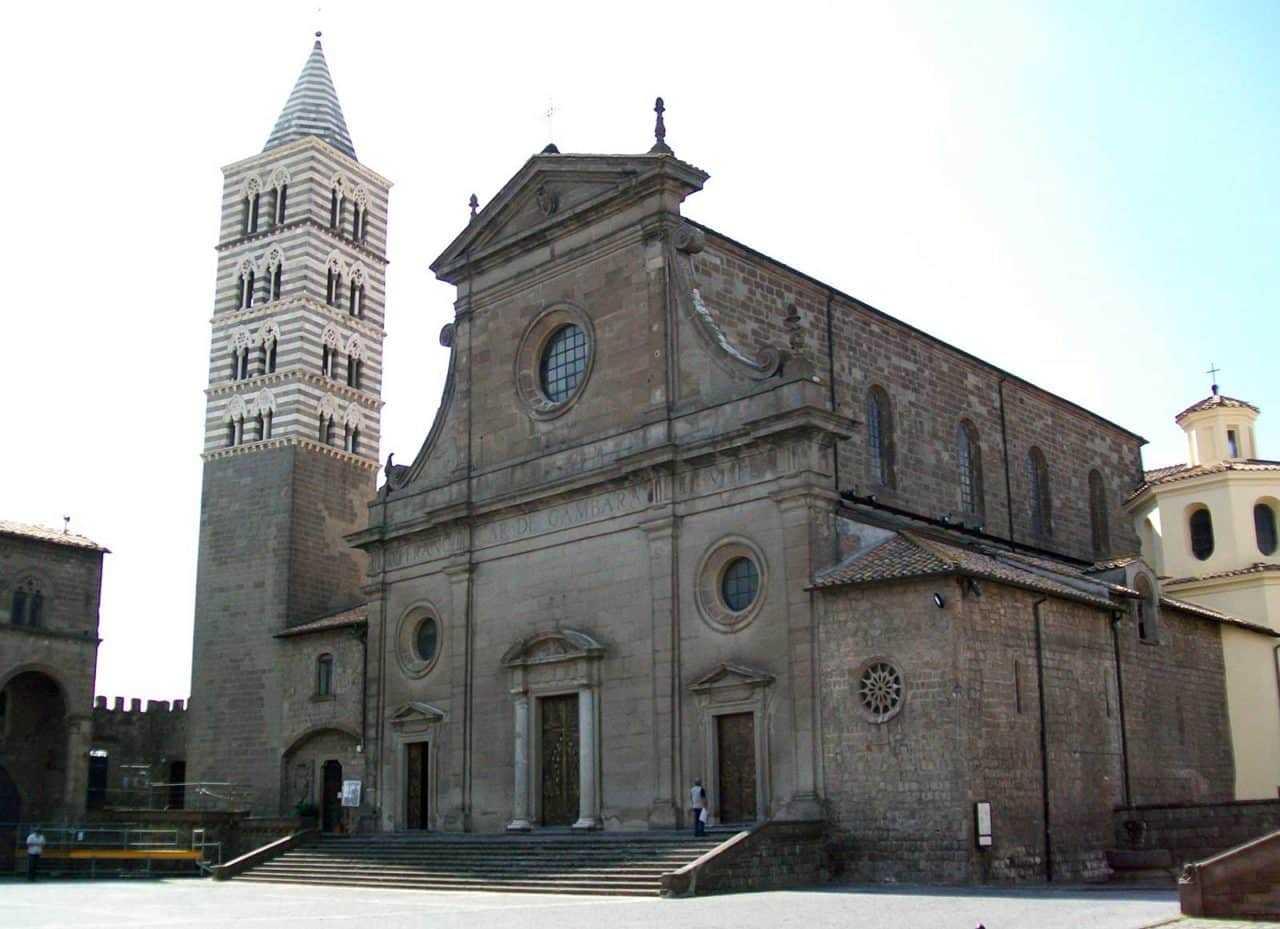 One day excursion to Viterbo from Tenuta Santa Cristina