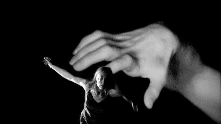 A mains nues (Met blote handen)