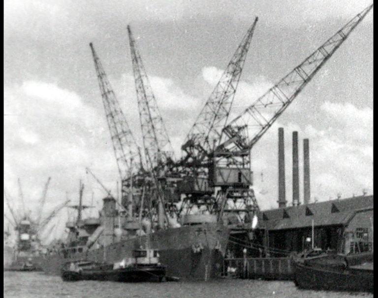 Rotterdam aan den slag