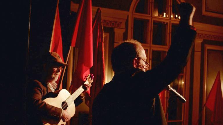 MÍR: Hundred Years of Revolution