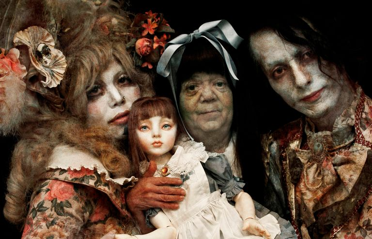 Alice in the Underworld: The Dark Märchen Show!!