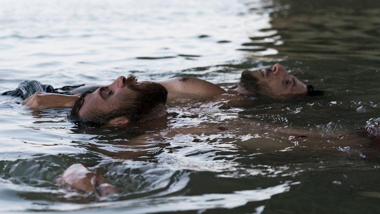 Entre dos aguas