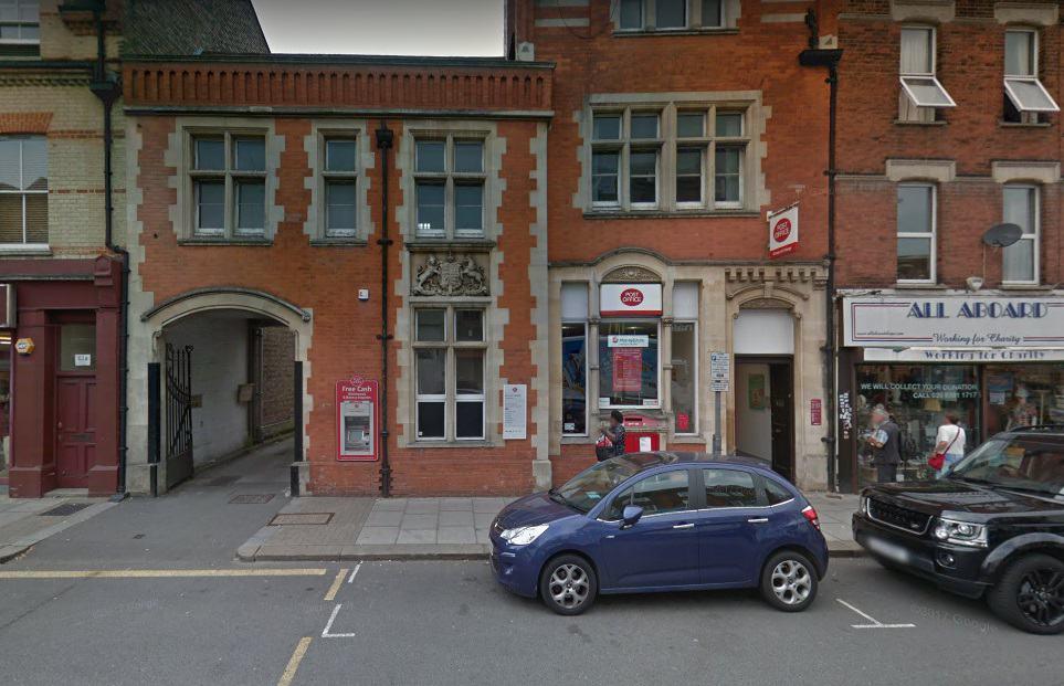 Barnet Post Office