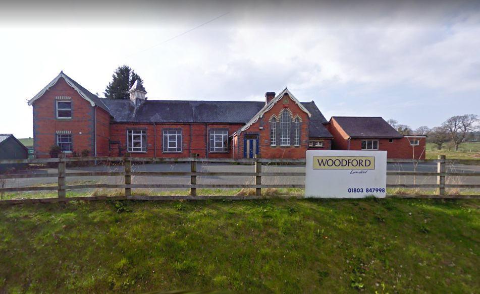 Trefeglwys Mobile Service Post Office