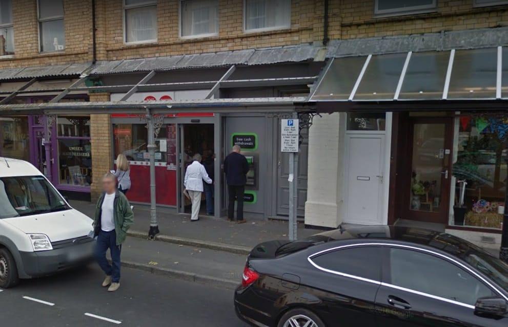 Pwllheli Post Office