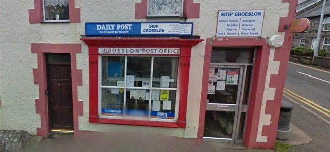 Groeslon Post Office