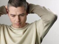 Dilemma: Megtilthatom az exnek, hogy pasikkal henteregjen?