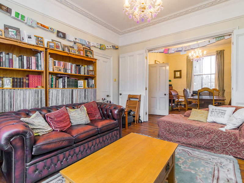 End of terrace house for sale in devonshire drive london for 14 devonshire terrace london
