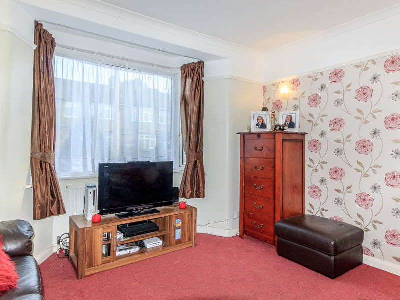 Stainash Crescent, Staines-upon-thames, TW18