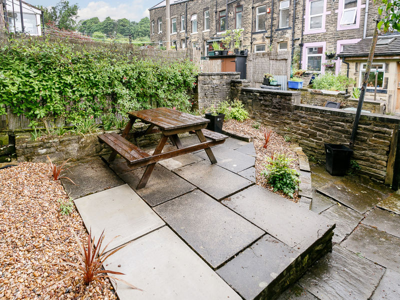 Wensley Bank, Thornton, BD13