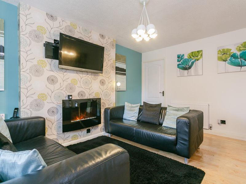Harlech Way, Burton-on-trent, DE13