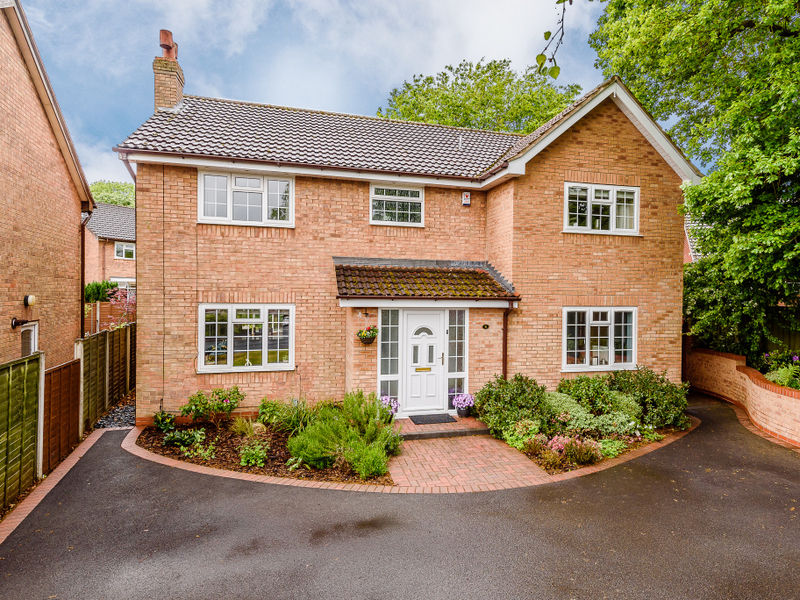 Glendinning Way, Madeley, Telford, TF7