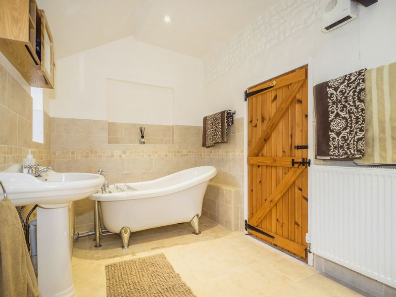 Lark Cottage, Clink Lane, Sea Palling, Norwich