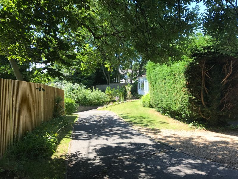 East Mascalls Lane, Lindfield, Haywards Heath, RH16
