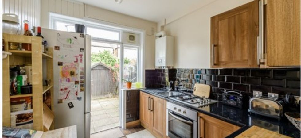 4 Bed, Terraced house