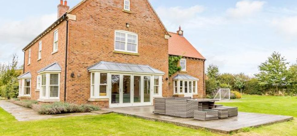 7 Bed, Detached house