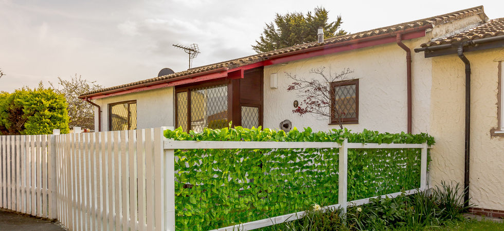 2 Bed, Semi-detached bungalow