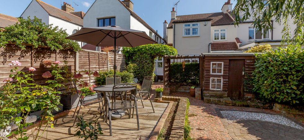 4 Bed, Semi-detached house