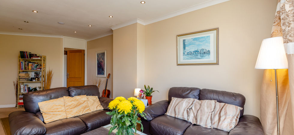 4 Bed, End of terrace house