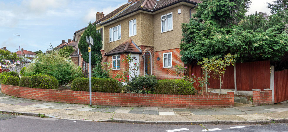 5 Bed, Semi-detached house
