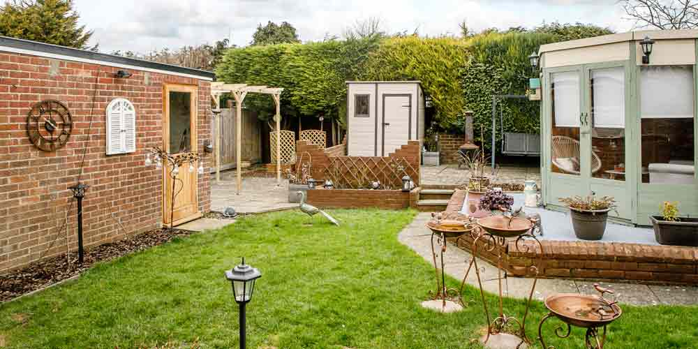 Garden Property Hotspots are 42% Better for House Prices