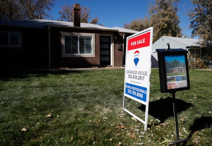 THE MEDIAN SALE price of a single-family home in Bristol County, Mass., was $355,000 in 2020. / AP FILE PHOTO/DAVID ZALUBOWSKI