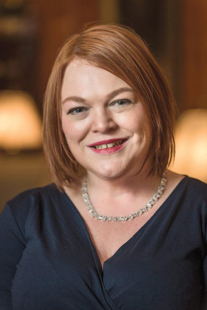 Niamh Perreault