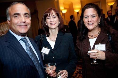 Ron Stabile with Rosemary Ferreira and Barbara Mulcahy of Koch Eye Associates. / Rupert Whitley